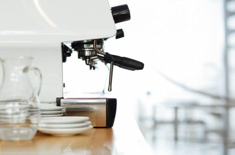 Espresso mit der Siebträgermaschine zubereiten