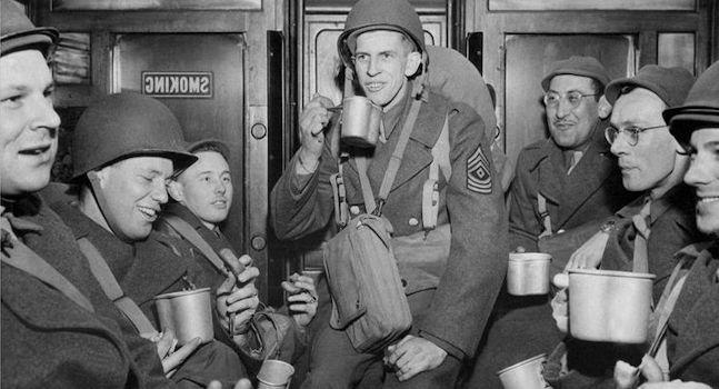 US Soldaten trinken Caffè Americano