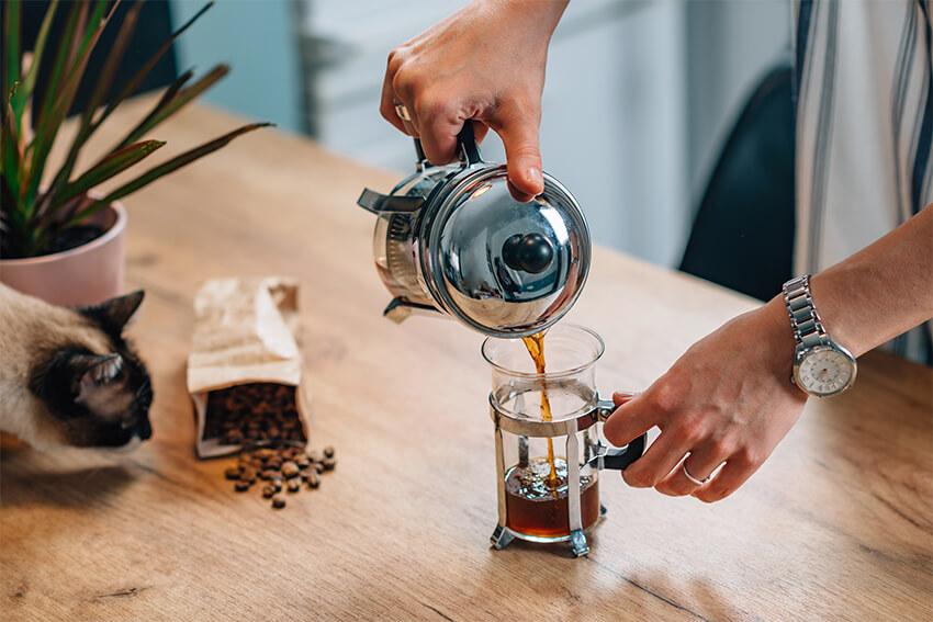 French-Press-Kaffee-zubereiten