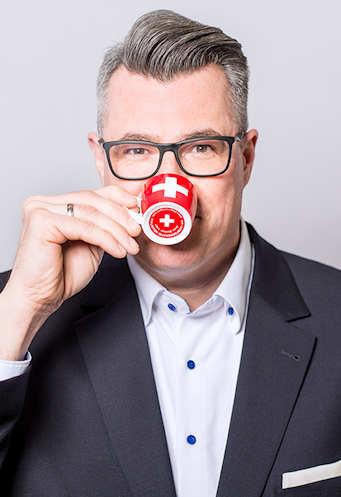 Portrait-Lacker-2018-Kaffeetasse